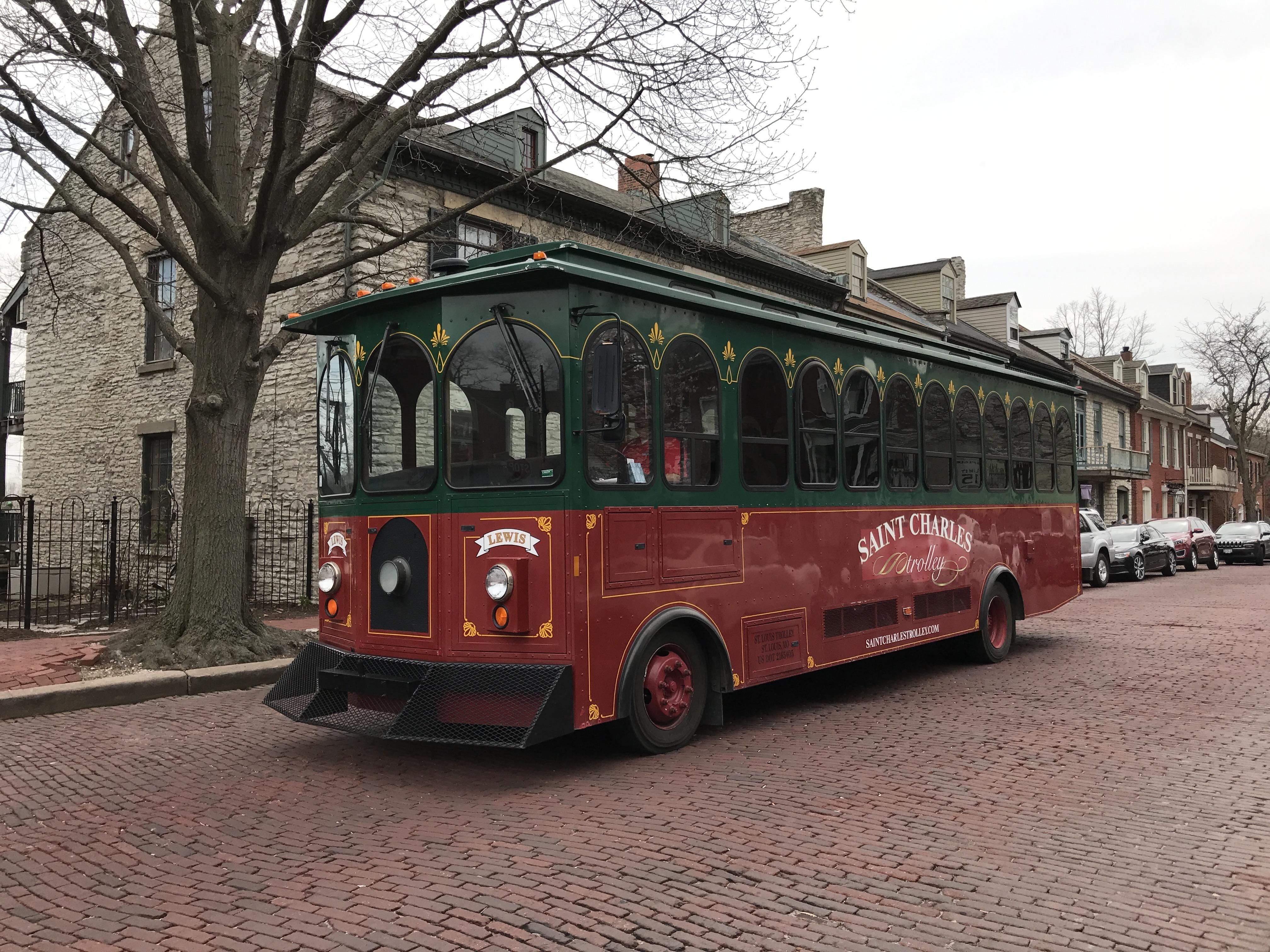 St Charles Main St Christmas, 2020 Historic Downtown Restaurants & Shopping   Saint Charles, MO