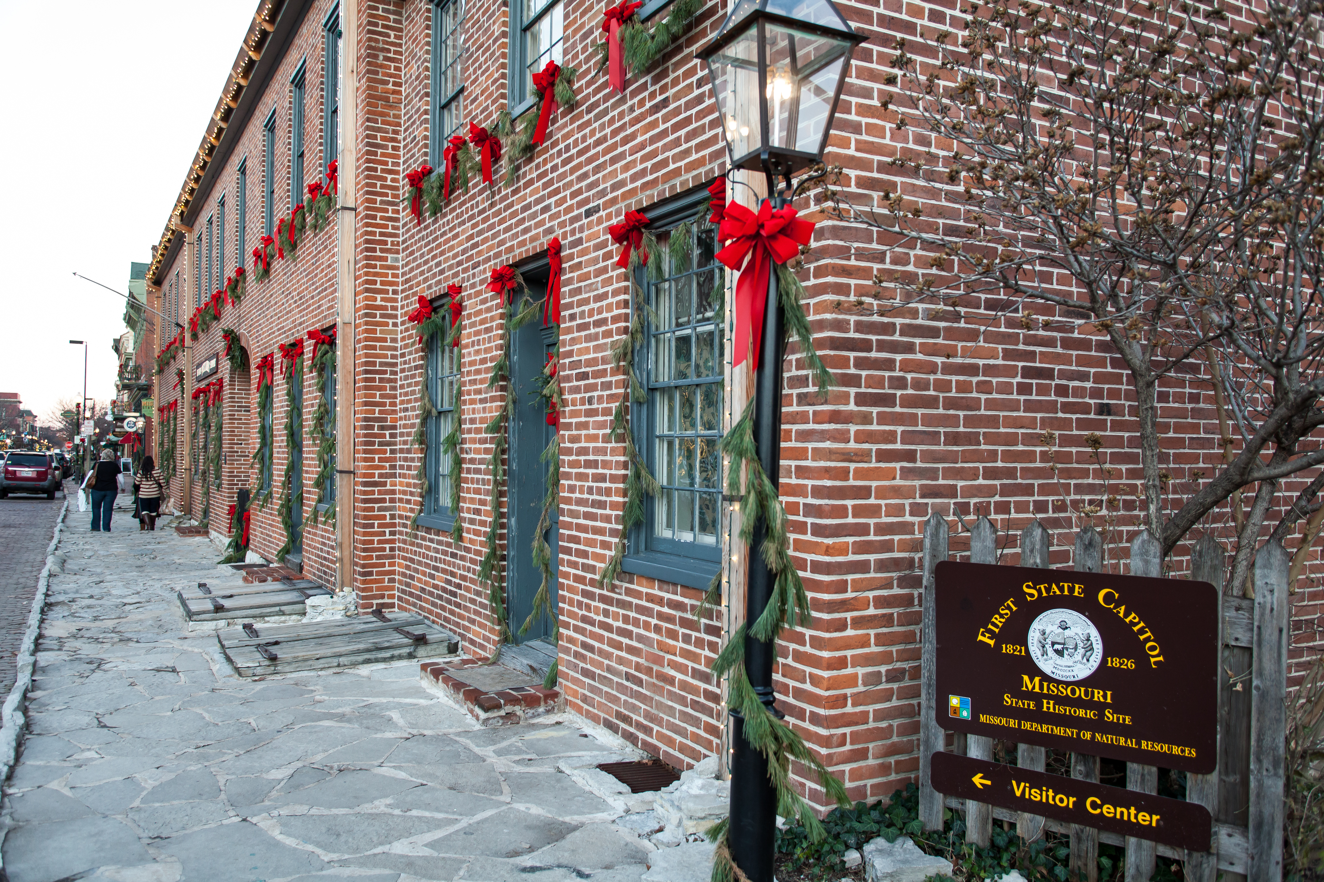 St Charles Christmas 2019 A Christmas Getaway to St. Charles | Hotels & Restaurants