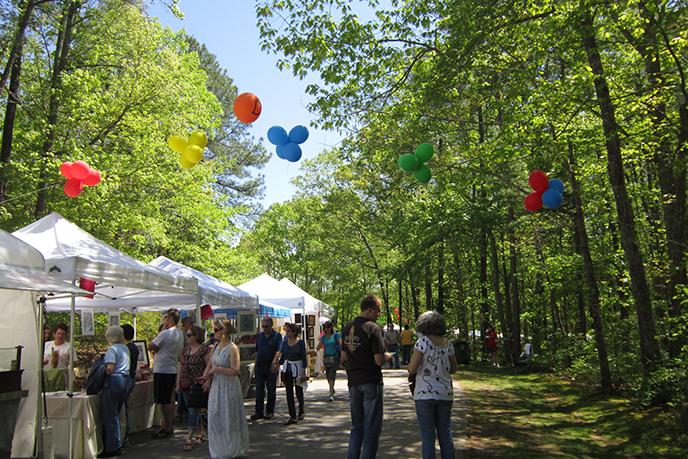 Spring Daze Arts and Crafts Festival