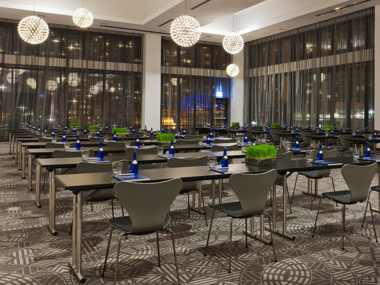 10 Chicago Loop Hotels With On Site Meeting Space Choose Chicago
