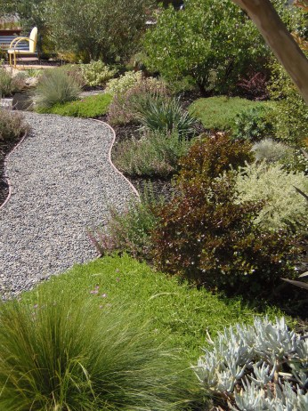 A California Friendly Garden Features Smart And Sustainable Landscaping. It  Is Designed In Harmony With The Surrounding Environment Using Beautiful ...