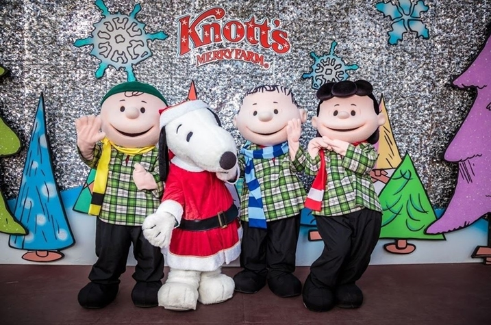 Snoopy and Charlie Brown at Knott's Merry Farm