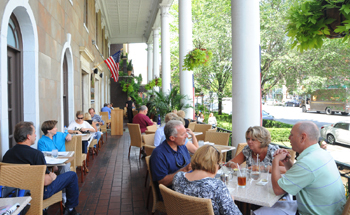 Places to Eat in Saratoga
