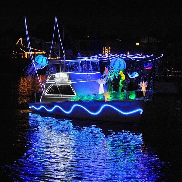 Christmas Boat Parade Ideas.Huntington Harbour Boat Parade In Huntington Beach