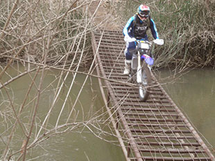 Bridge Crossing - GKTR Enduro