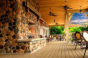 Farmhouse Restaurant - Fair Oaks Farms