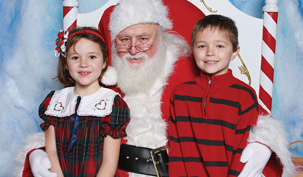 Santa photos at A Christmas Story Comes Home