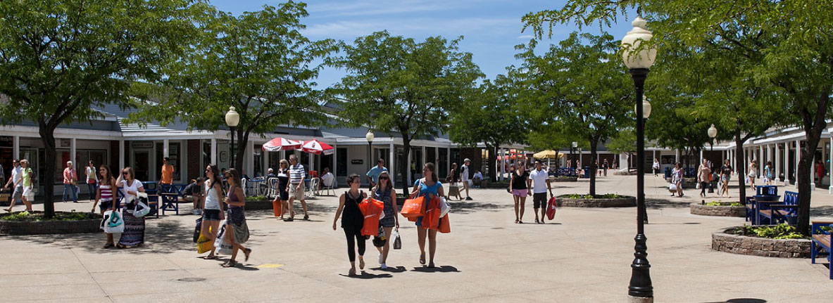 Michigan City Shopping Lighthouse Place Outlets More