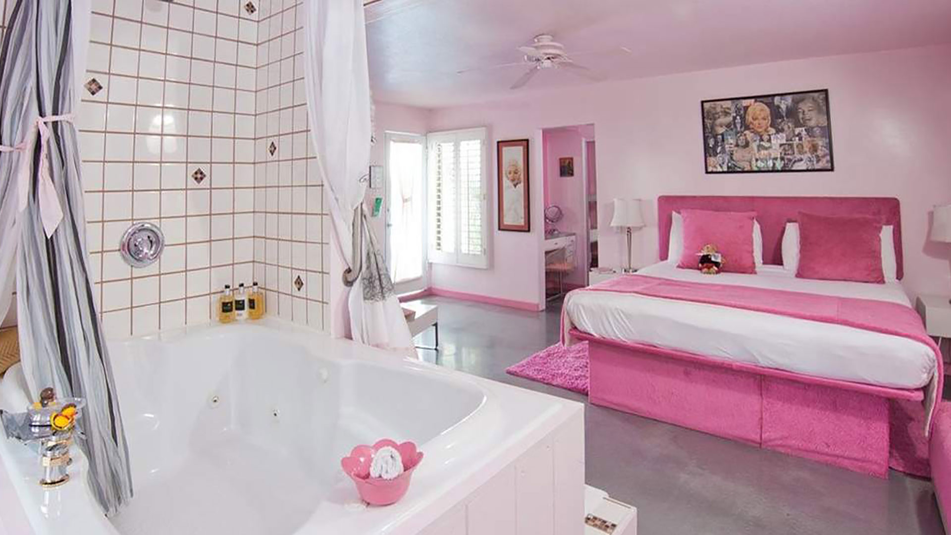 pretty in pink room palm springs rendezvous