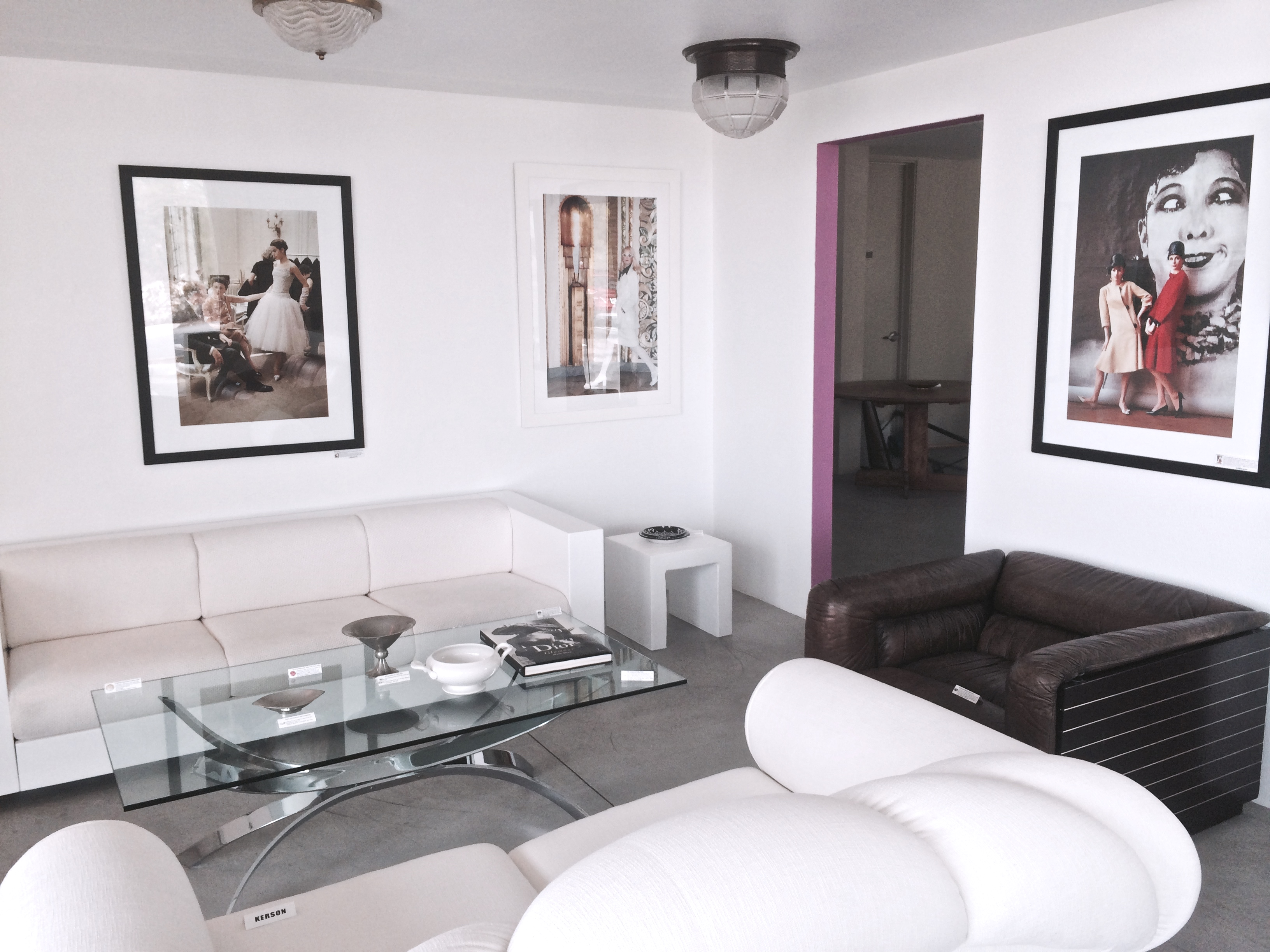 A Minute Away Is Modern Home (2500 N. Palm Canyon) In The Mini Mall Behind  Carlu0027s Jr. Besides Their Wide Range Of Contemporary Home Décor Essentials,  ...