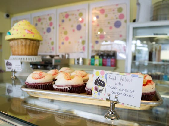 Counter cupcakes - Bell's Bake Shop