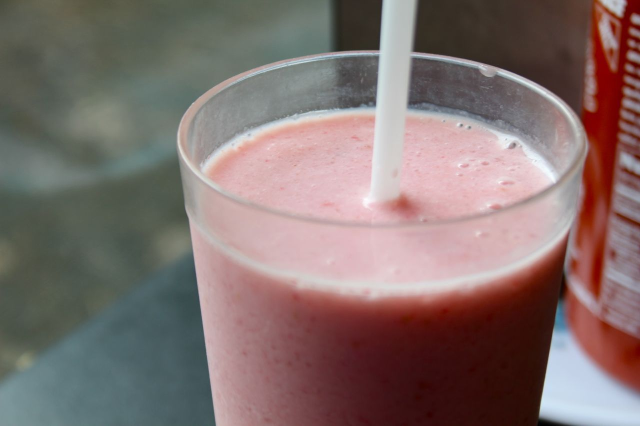 Strawberry smoothie from Pho Hoa