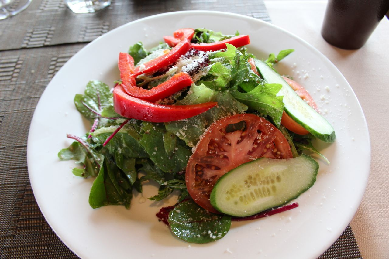 green salad from Paesanos