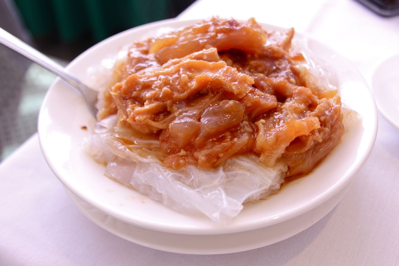 steamed rice noodle with tendon strip