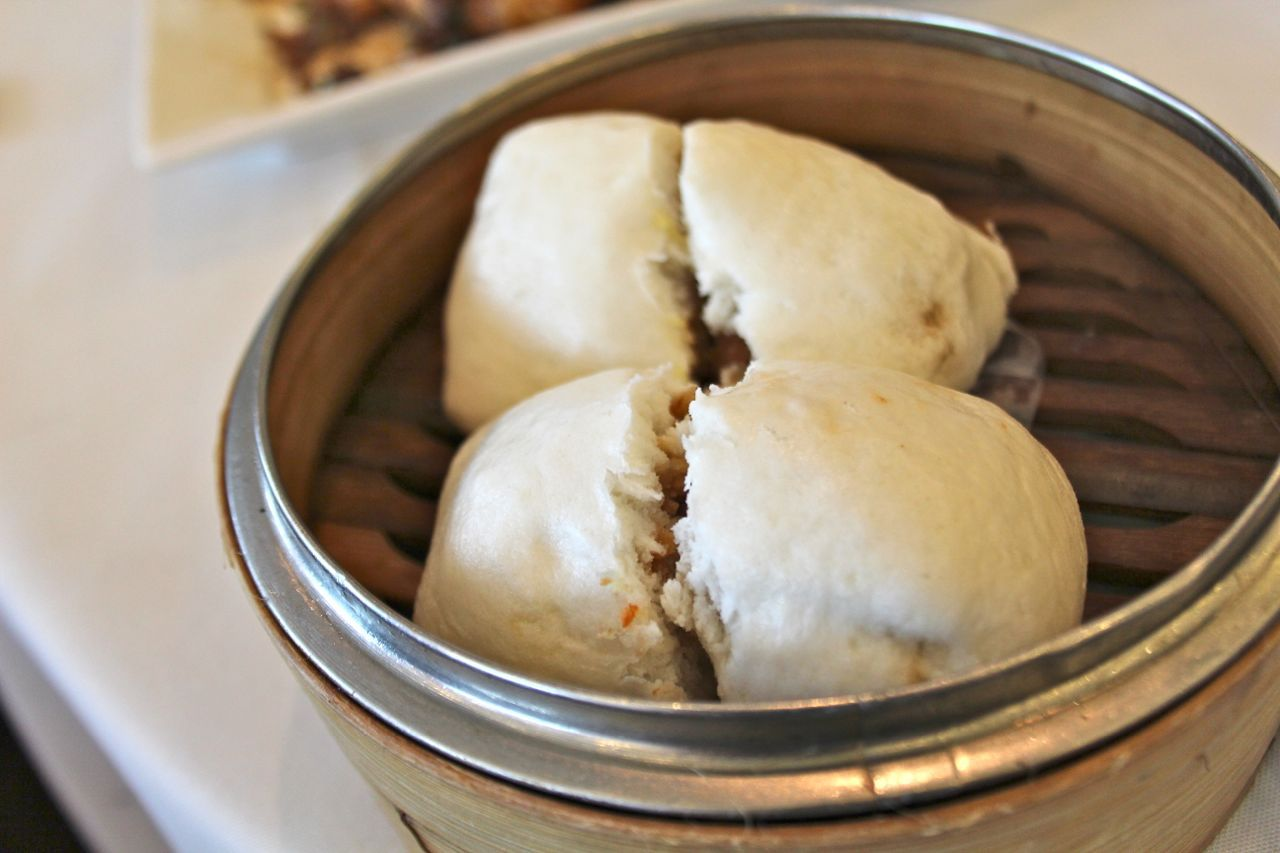 steamed buns with roasted taro
