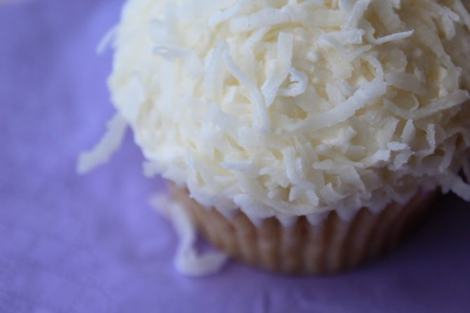 Bell's Bakeshop Cupcake