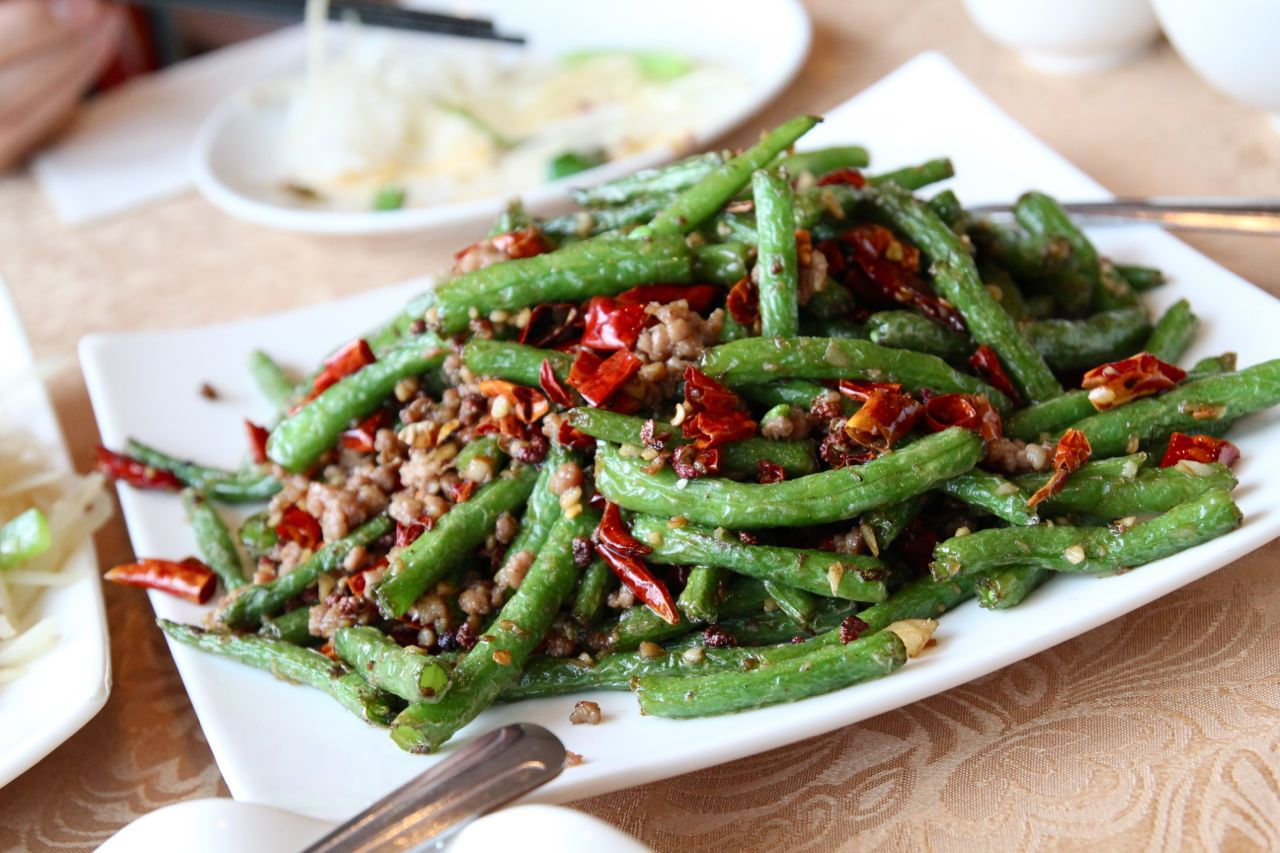 fried green beans with pork and chili