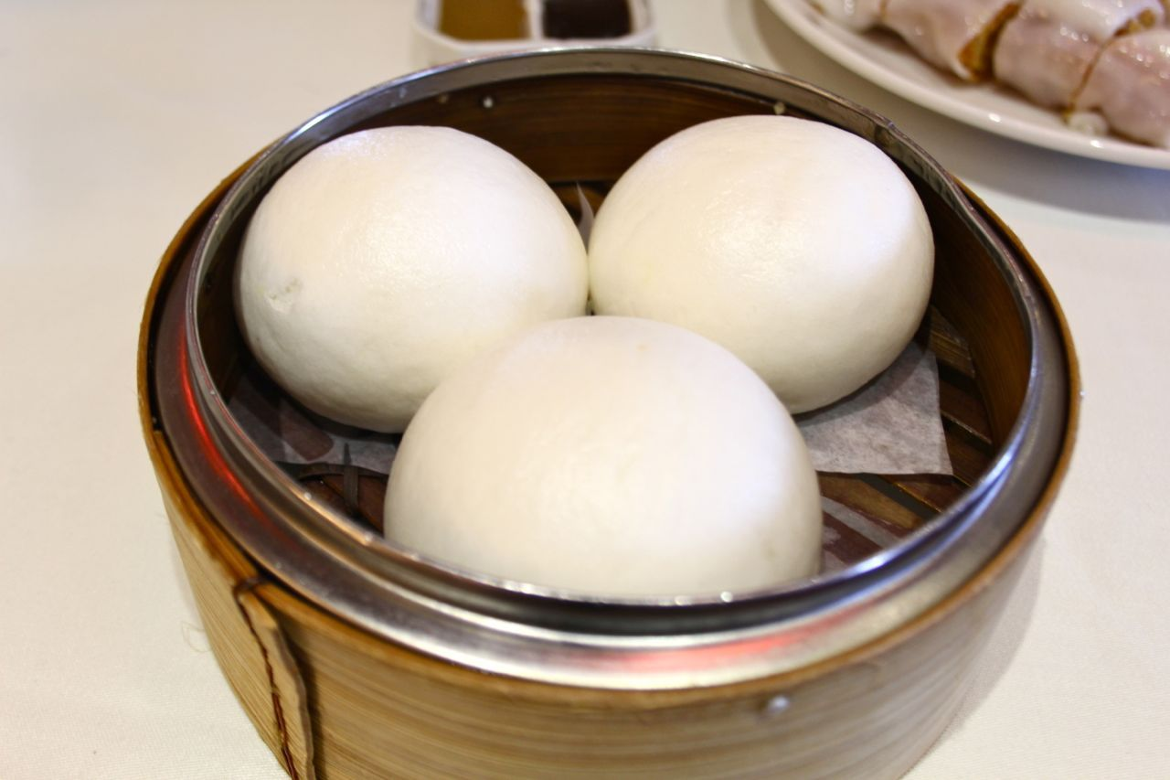 steamed buns with custard and egg yolk