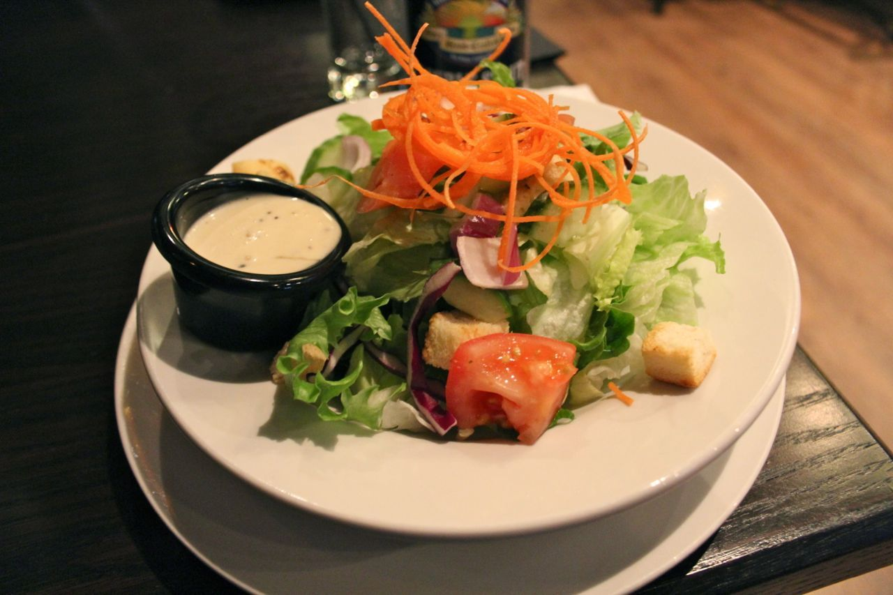 green salad from Fogg n Suds