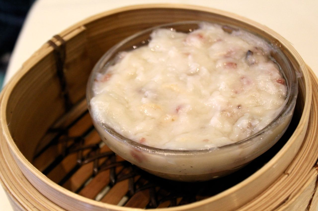 Steamed turnip cake at Golden Paramount