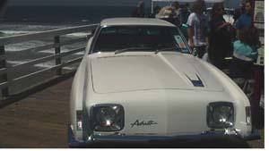 Studebaker-Avanti-x300