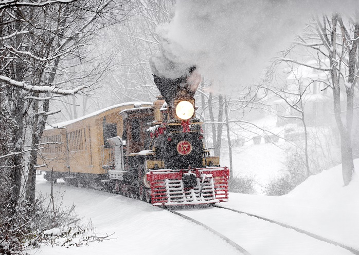 All Aboard 9 Holiday Train Rides To Enjoy This Year