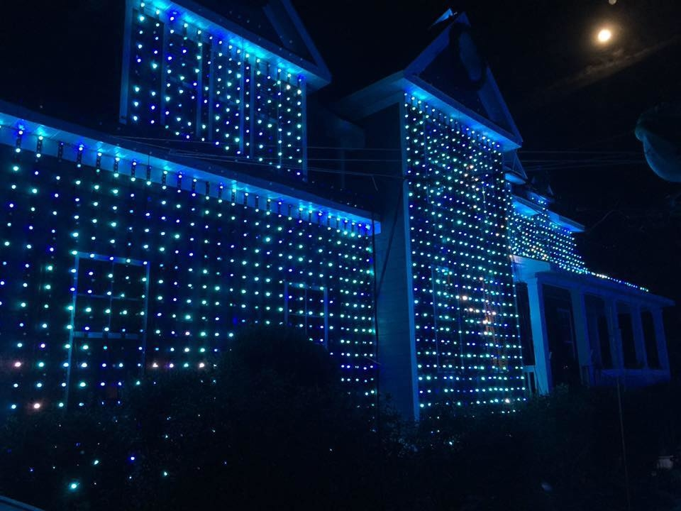 Blog - Pugh Family Light Show
