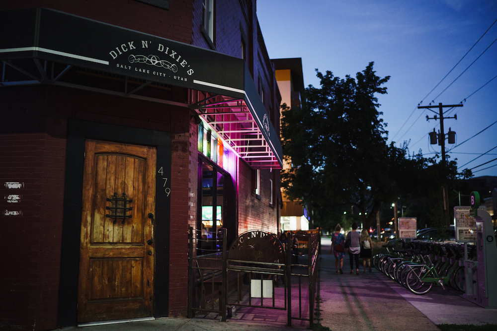 Rub shoulders with locals at Dick and Dixie's