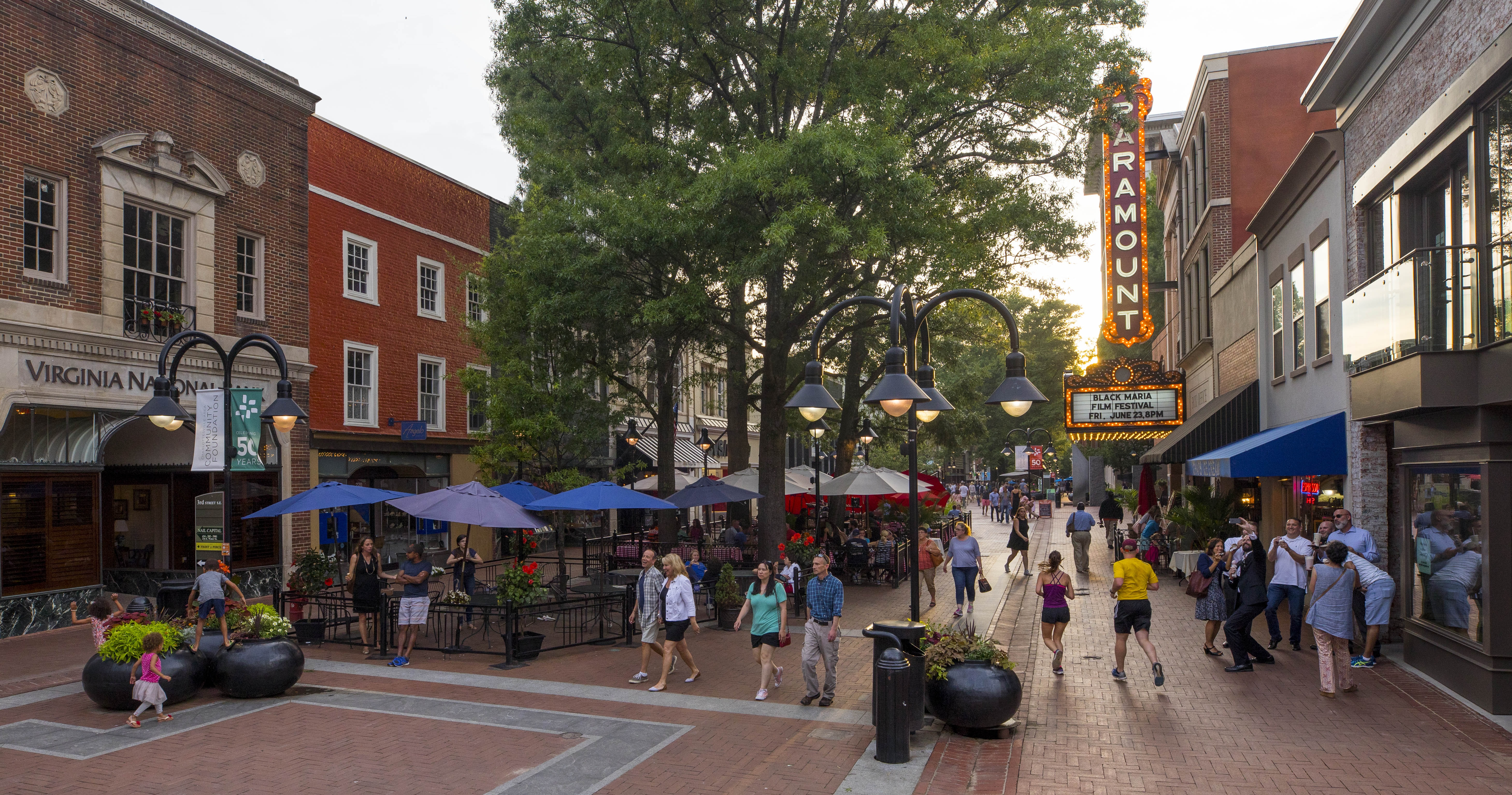 Restaurants With The Best Outdoor Seating In Charlottesville