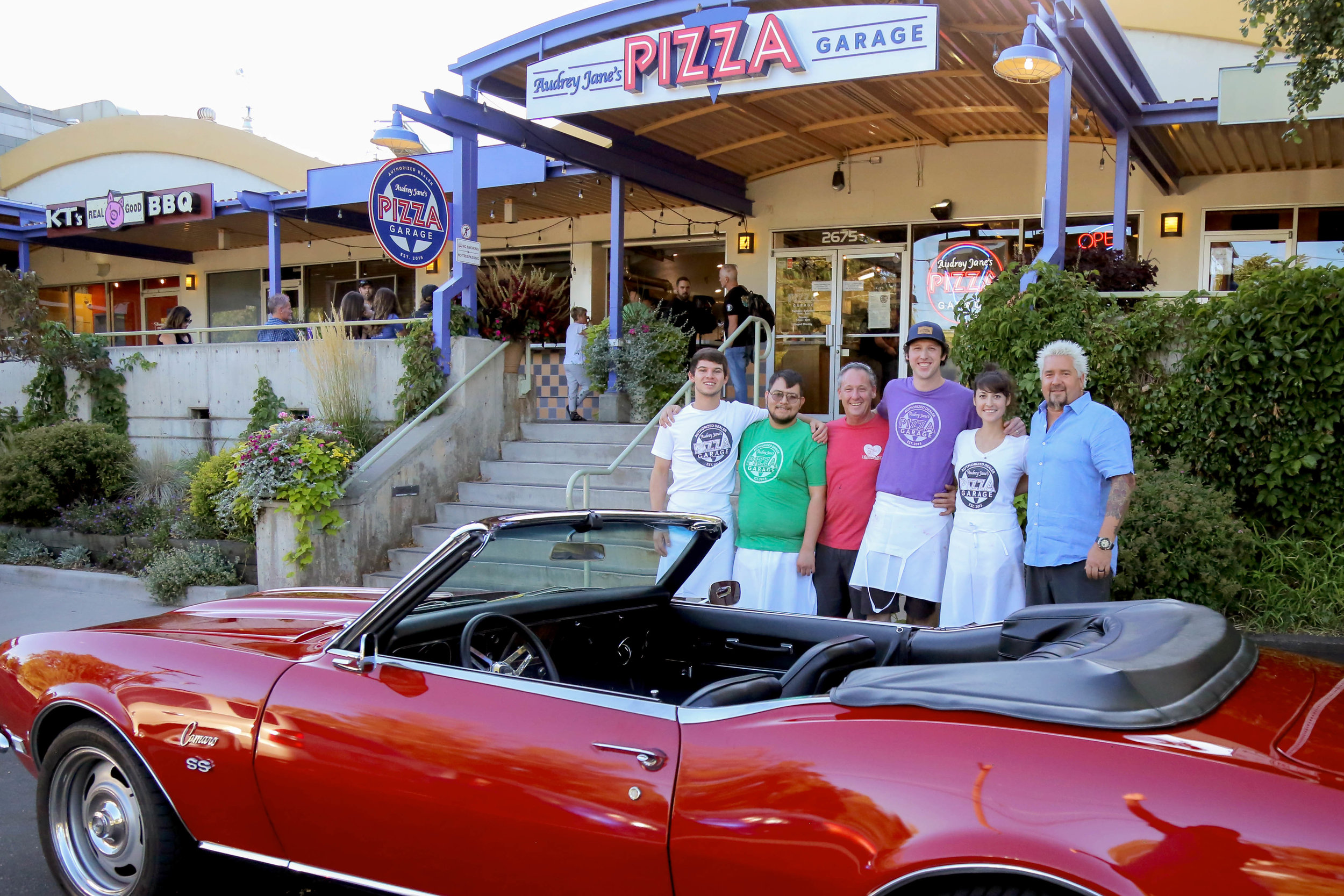 Famous Boulder Restaurants That Have Starred on TV on guy diners and dives, drivers diners and dives, car drivers drive-ins dives, 13 gypsies jacksonville diners and dives, diners and dives locations in hawaii,