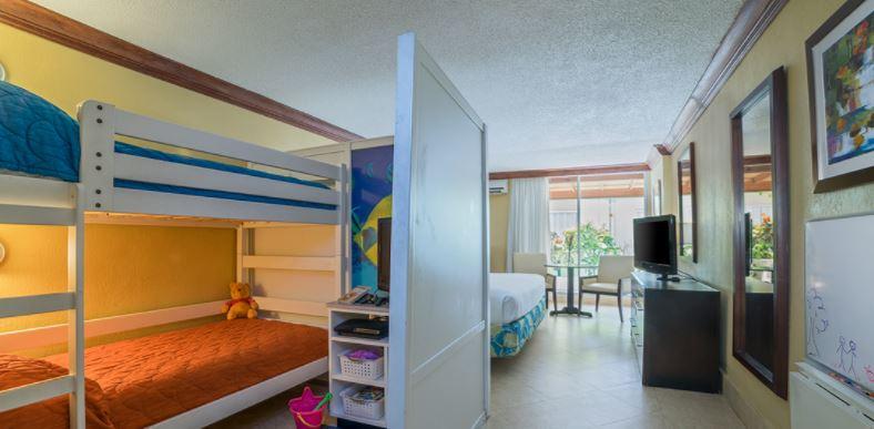 holiday inn sunspree kids suites