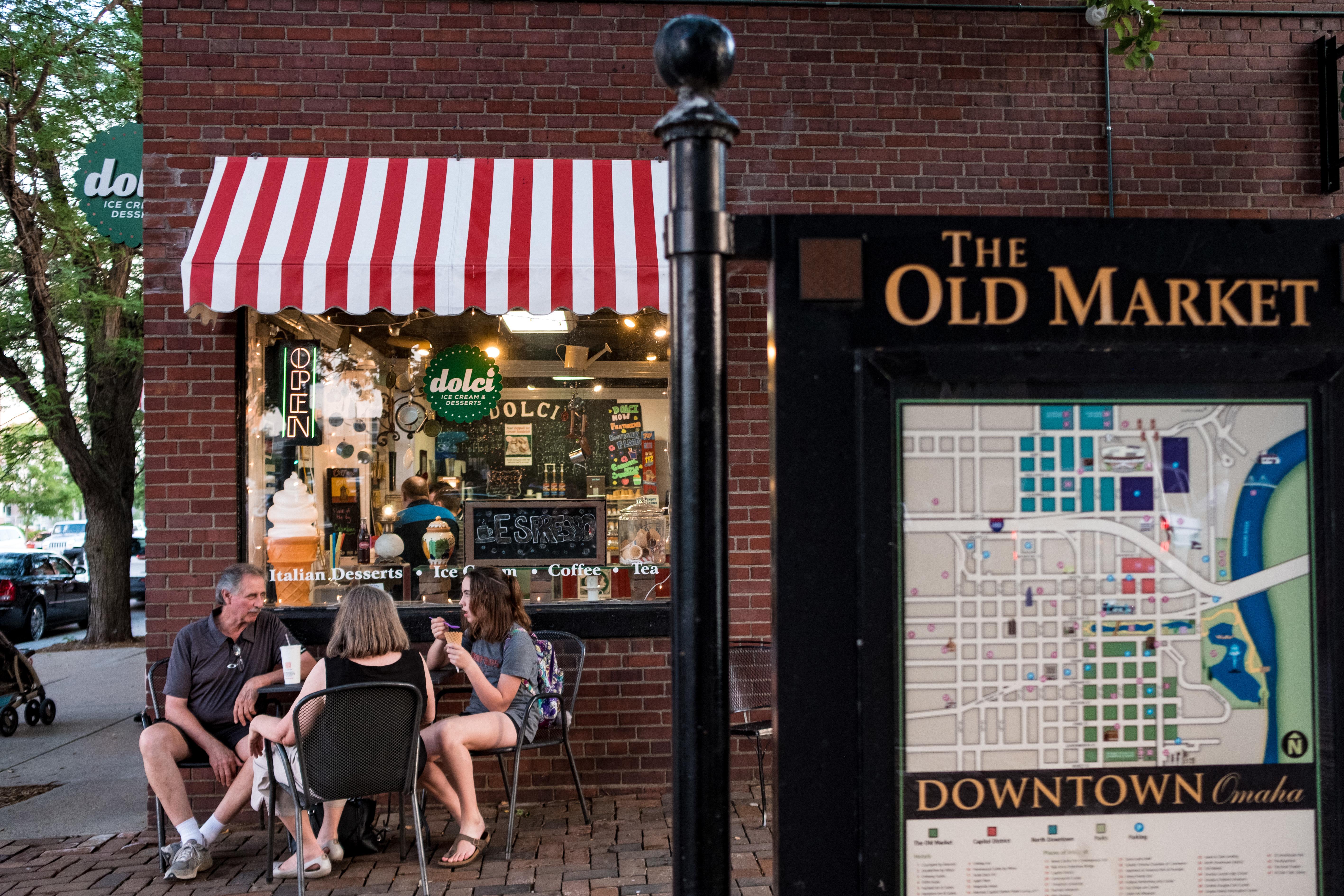 visit omaha nebraska hotels restaurants events activities