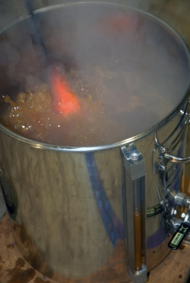 Hot Glass! Cool Brew! Boil Beer