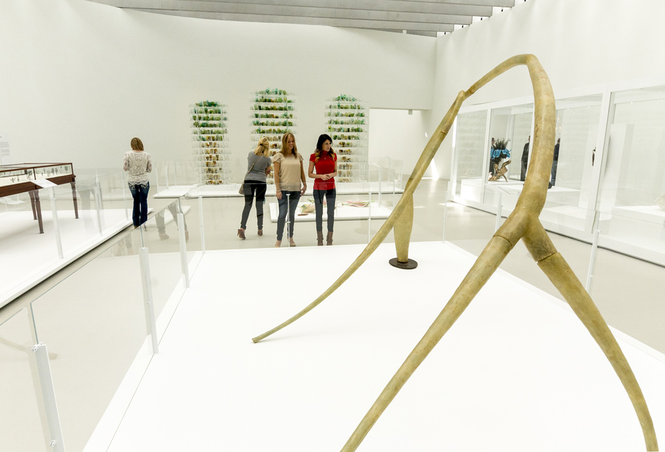 Contemporary Art + Design Wing at Corning Museum of Glass courtesy of Stu Gallagher