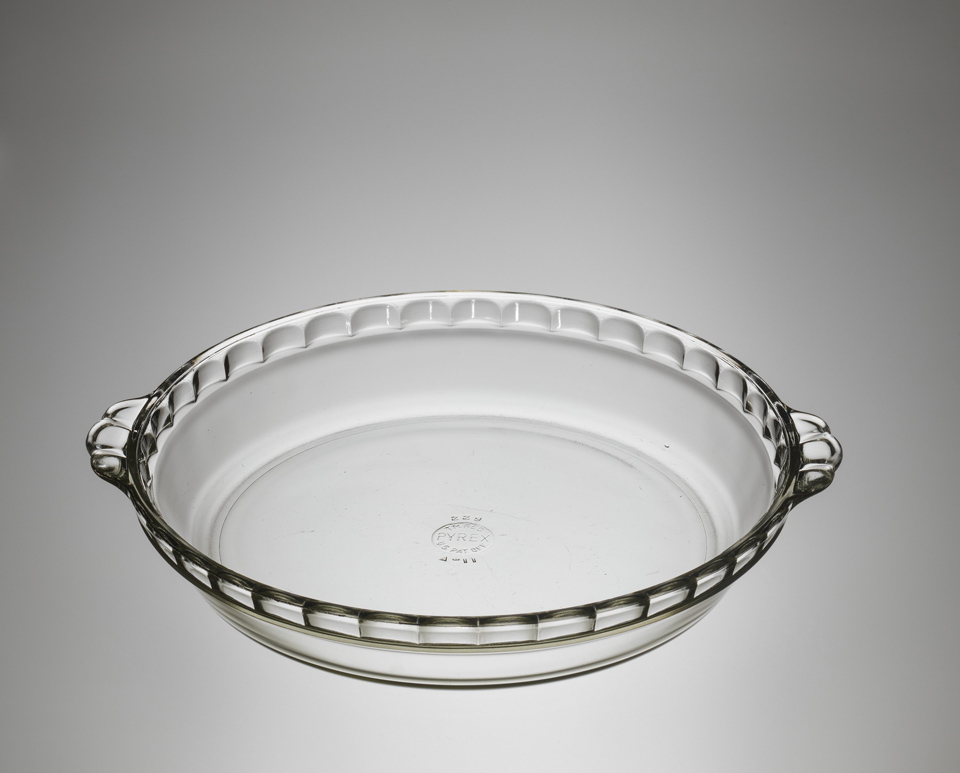 Pyrex Pie Dish courtesy of The Corning Museum of Glass