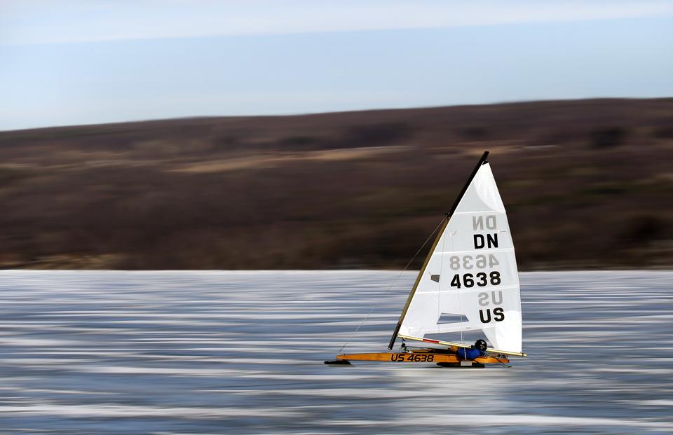 Ice Sailing on Keuka Lake courtesy of Bob Magee