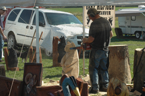 Chainsaw carving at the Outdoor Show