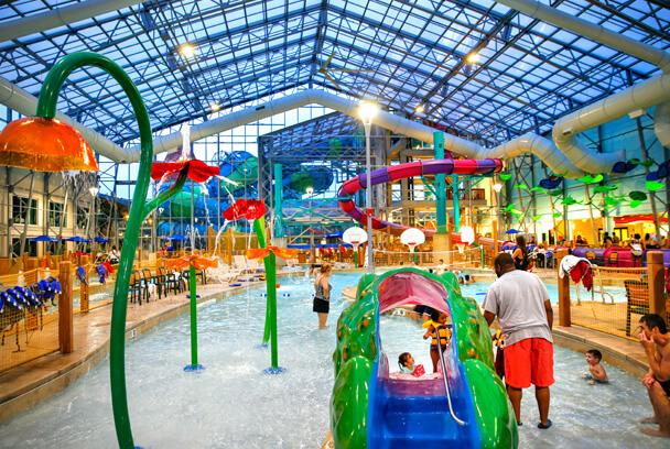 Zehnder's Splash Village Hotel & Waterpark in Frankenmuth, MI | Top Indoor Waterparks in the World