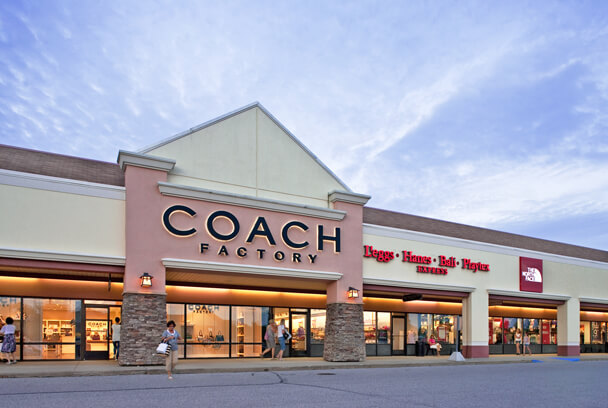 Birch Run Premium Outlets in Birch Run, MI | One of the Midwest's largest outlet malls
