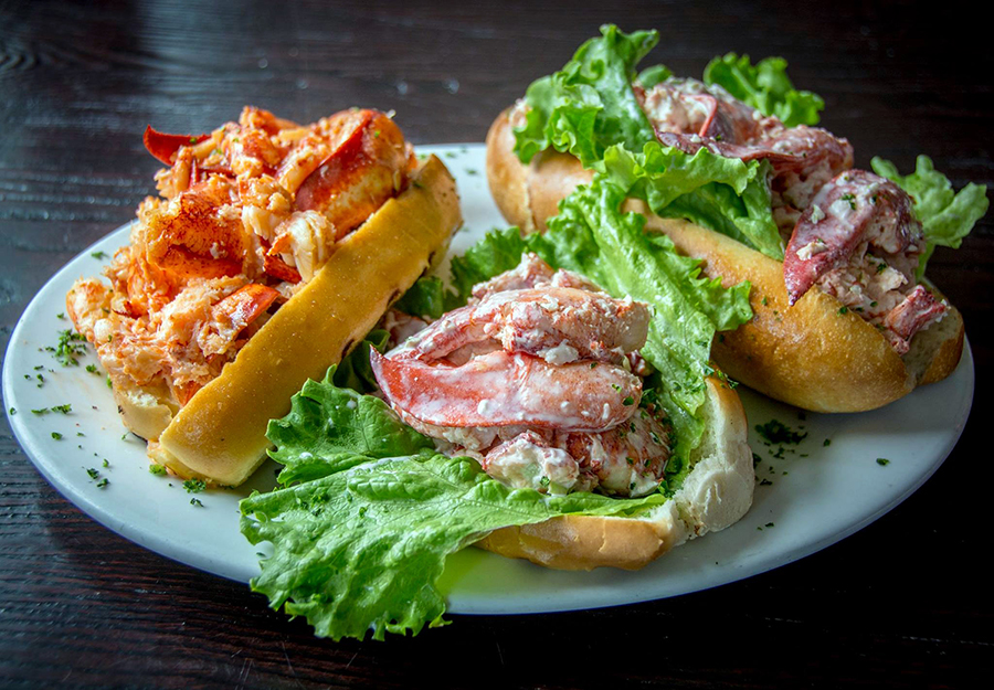 Best Lobster Roll On Cape Cod The Cape S Best Lobster Rolls