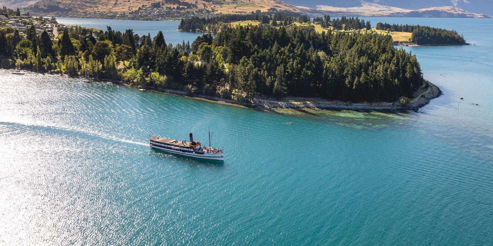 TSS Earnslaw Cruise Lake Wakatipu