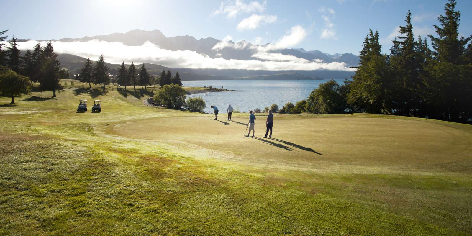 Queenstown Golf Course in Spring
