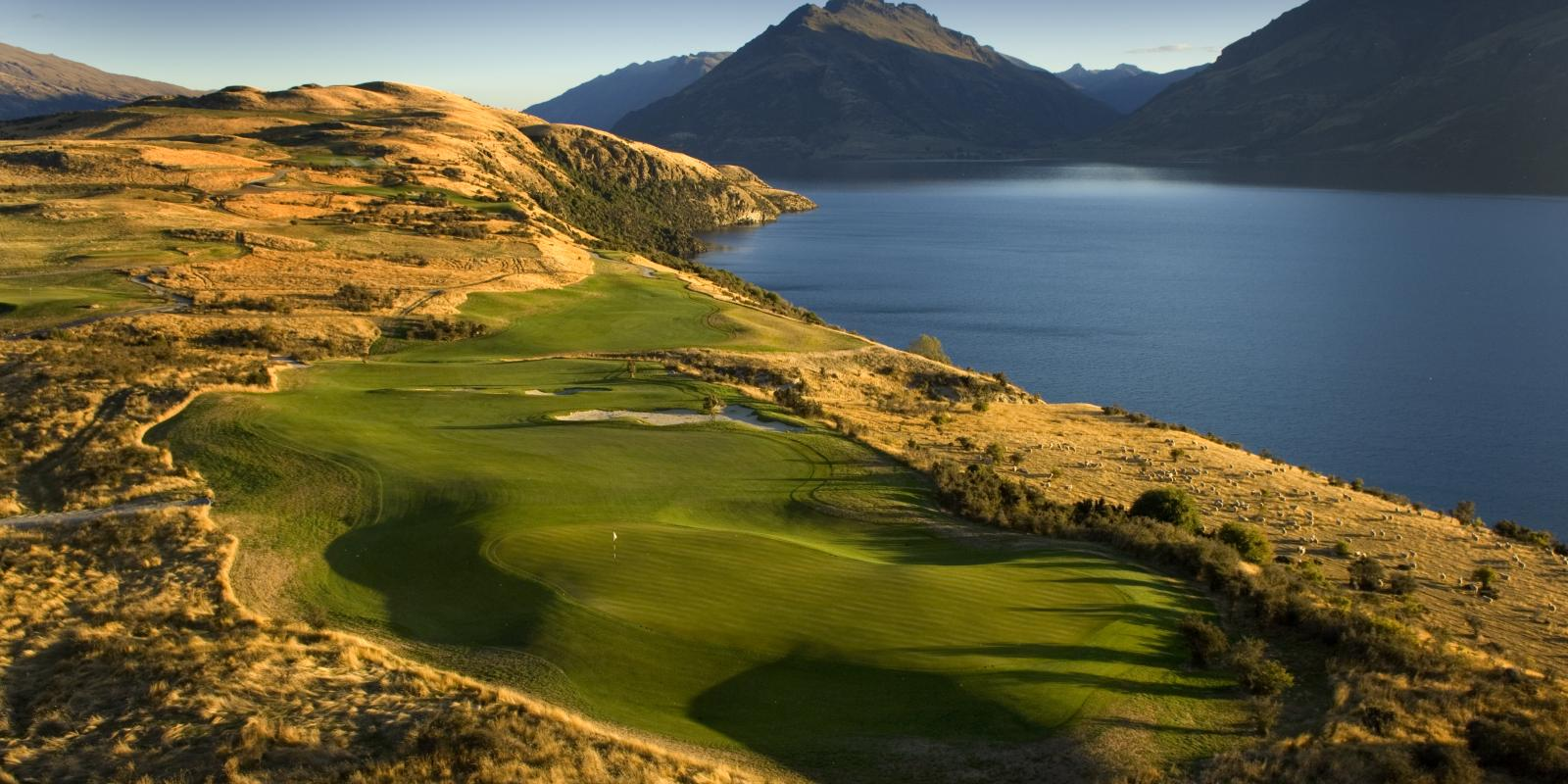 Jack's Point golf in Queenstown