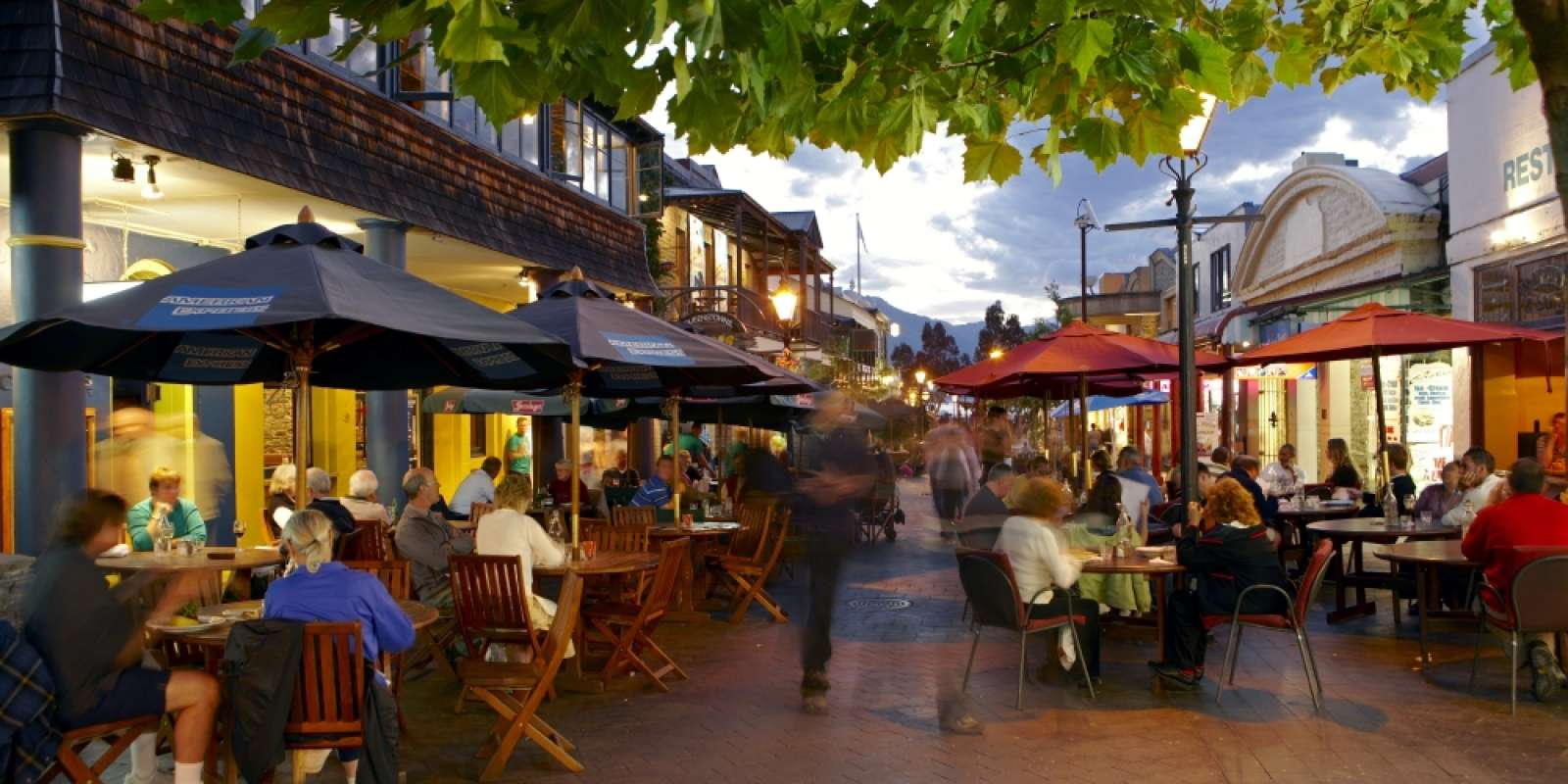 Outdoor Dining on the Queenstown Mall