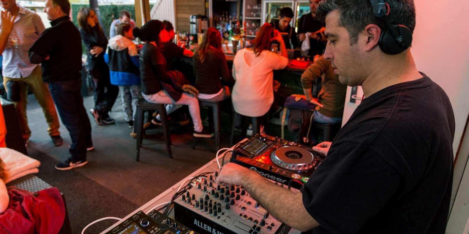 Sundeck DJ at Attiqua