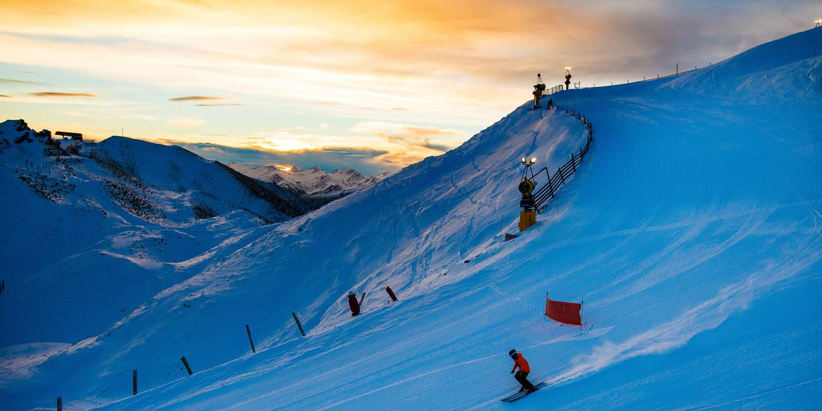 Coronet Peak night ski