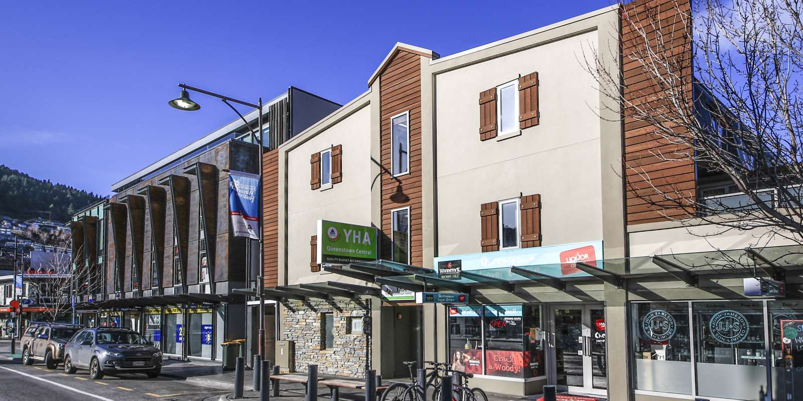 YHA Queenstown Central exterior view from street