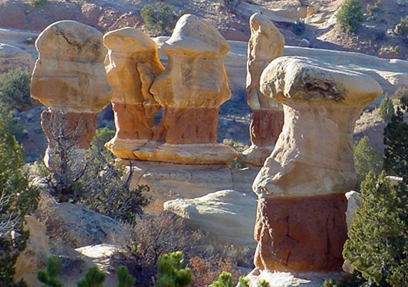 Devils Garden on Hole in the Rock Road - Utah's Grand Staircase