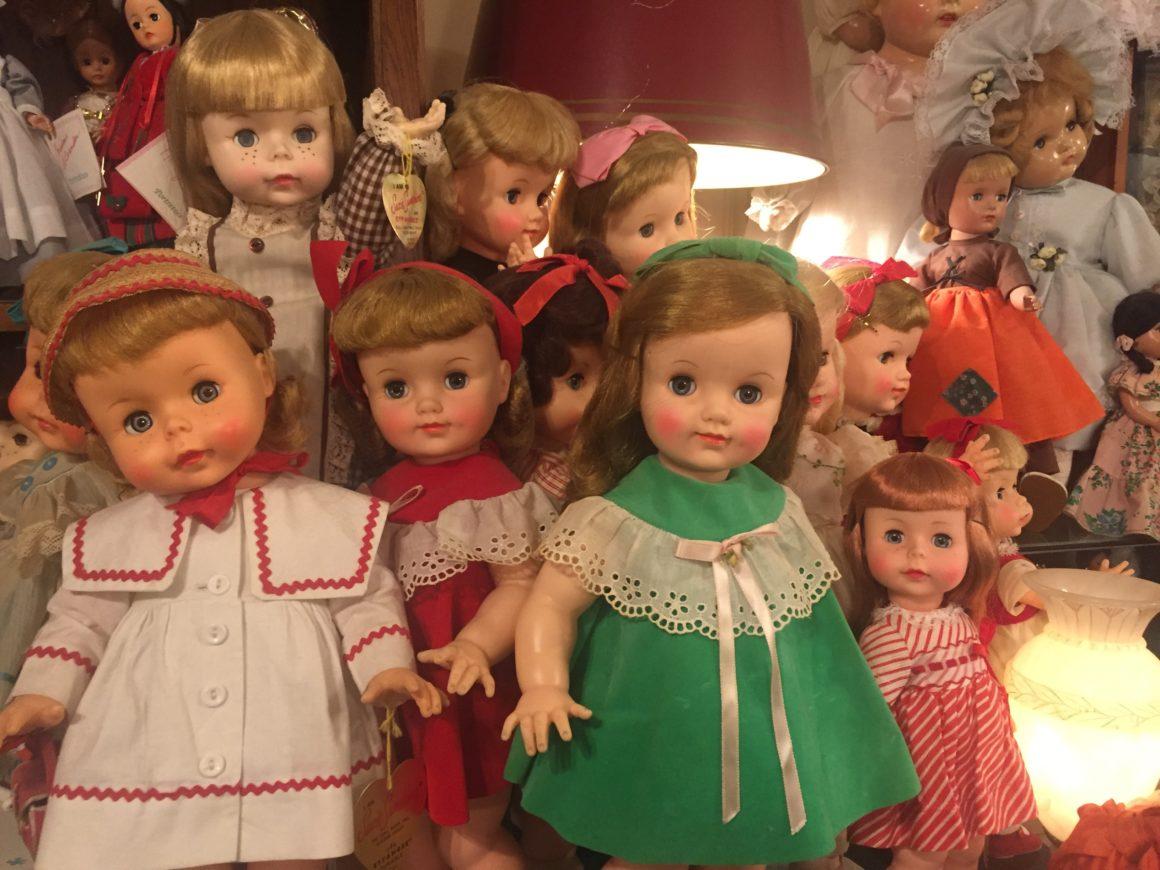 Marquis dolls