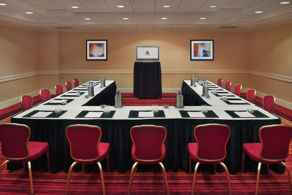 U Shape Meeting Space